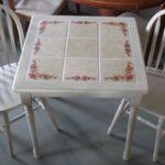 Дизайн стола с керамической плиткой